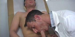 Video Of Naked Guys Non Gay Porn First Time Feeling Aro