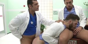 Muscular Stud Sucking Two Big Dicks