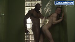 Diesel Washington Is A Horny Handyman