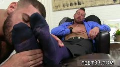Guy Young Hairy Legs Gay Hugh Hunter Worshiped Until He Cums