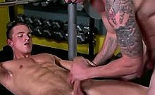Pumping Iron And Getting A Blowjob