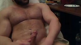 Beefy And Hairy Guy Wanking. No Sound