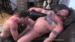 Straight Bodybuilder Blowjob