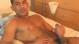Full Video: Bachir, A Real Straight Arab Guy Serviced His Huge Cockby A Guy