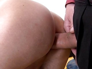 Hidden Camera Gay Blow Job Australia With Some Juicy Uncut Spear
