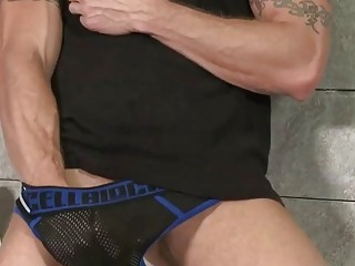 Gay Sex Young Kyler Moss Is Walking Through The Vicinity When He Sees